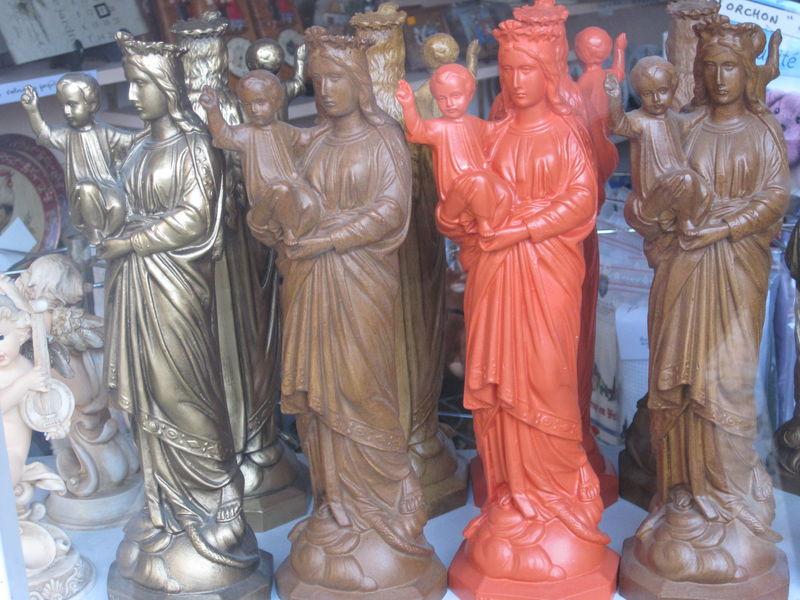 Statues de la Vierge