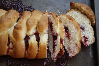 Lemon summer fruits challah