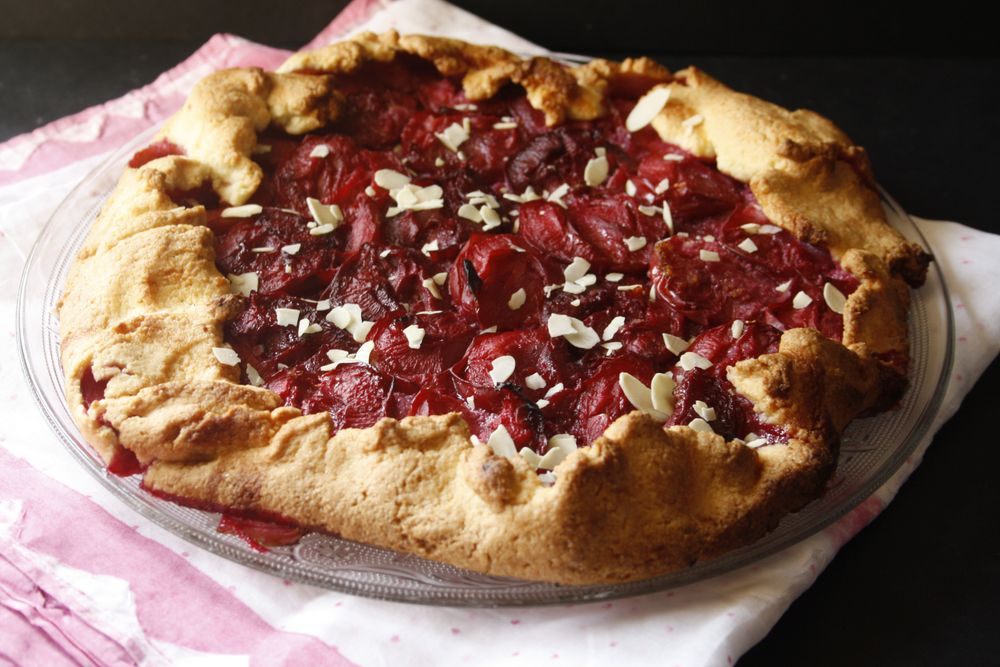 Plums galette