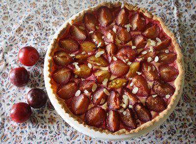 Tarte aux prunes et amandes